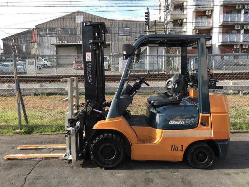 Газокар Toyota 02-7FGK30